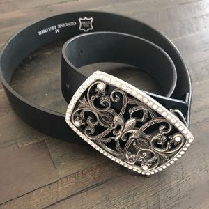 NWOT⚜️Gorgeous Black Leather Belt⚜️